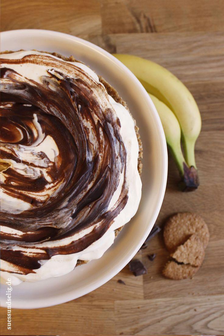 Bananenkuchen mit Toffee und Sahne