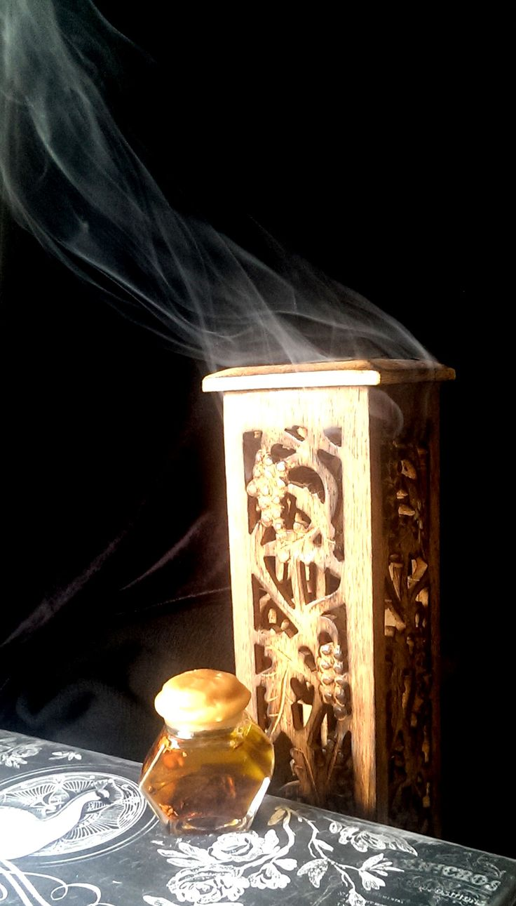 Authentic Wiccan Spells - Prophetic Oil - Potions - Light Magick - Wicca on the Go! - Dream and Vision Enhancing - Third Eye