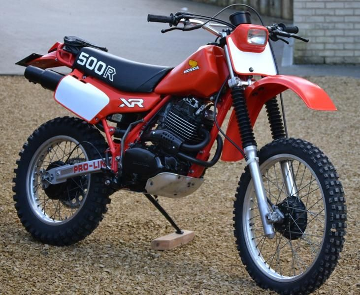 one of my first bdirt bikes: XR500 1982