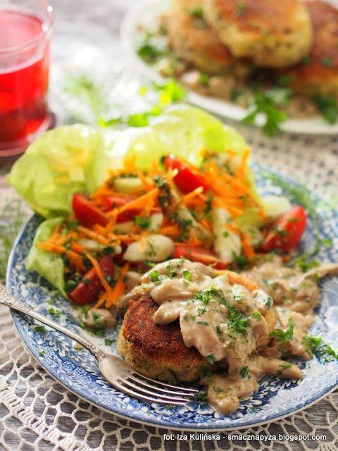 Smaczna Pyza: Kotlety ziemniaczane z sosem maślakowym
