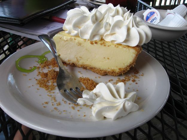Which Pie Are You? I got key lime!