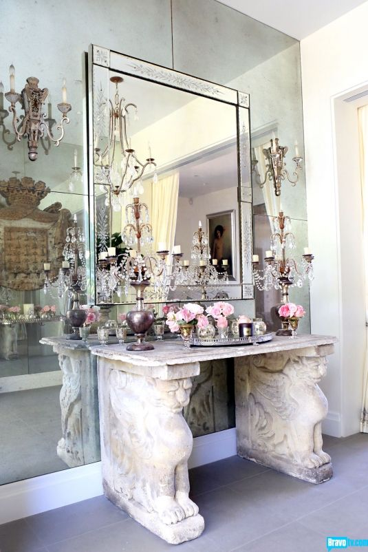 Beverly Hills Home Tour: Lisa Vanderpump