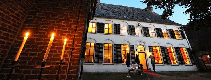 Overcinge is een monumentaal herenhuis in de Drentse plaats Havelte. Overcinge was eerst een leengoed van het Gelderse huis Putten bij Elburg en werd al in het begin van de 14e eeuw bekend. In de 15e eeuw was de familie De Vos van Steenwijk leenheer van het goed. Het huidige huis Overcinge is van een veel latere datum. In de 17e eeuw was het leen in handen van de familie Struuck. Johan Struuck, heeft de bestaande bebouwing laten afbreken en twee nieuwe gebouwen neergezet.