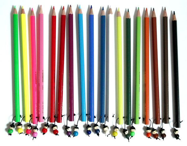 http://www.lespoisplumes.fr/LeS-CraYonS