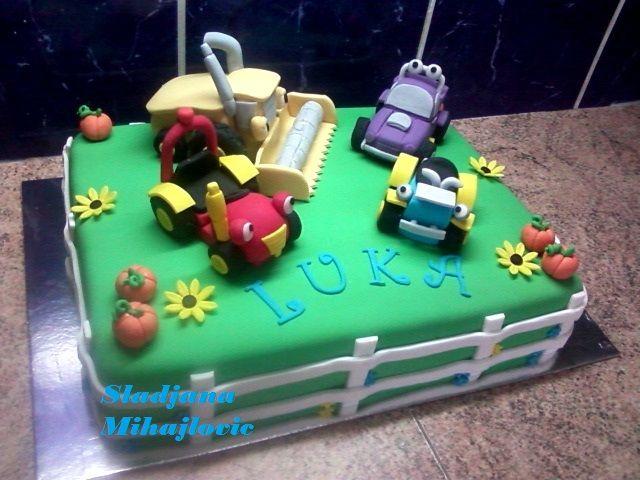 tractor tom cake, rev, wheezy, buzz