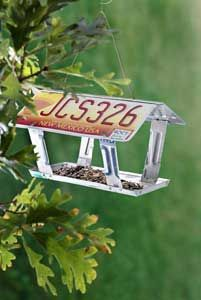 Old License Plates...re-purposed into an awesome bird feeder!!  Instructions included.   You could say that this recycle is for the birds!!
