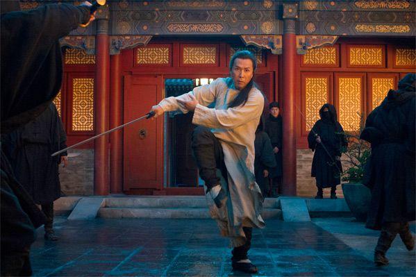 """Джеки Чан и Крис Такер недовольны, """"Крадущийся тигр, затаившийся дракон 2: Зеленая судьба"""" на Netflix, """"Big Match"""" с Ли Чжон Чжэ, ремейк """"Самоволки"""". А также традиционная рекомендация от Kungfu Project, приятного просмотра!"""