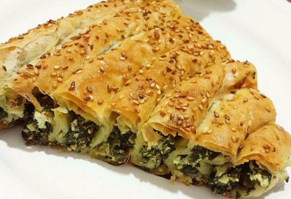 Peynirli Ispanaklı Börek Tarifi
