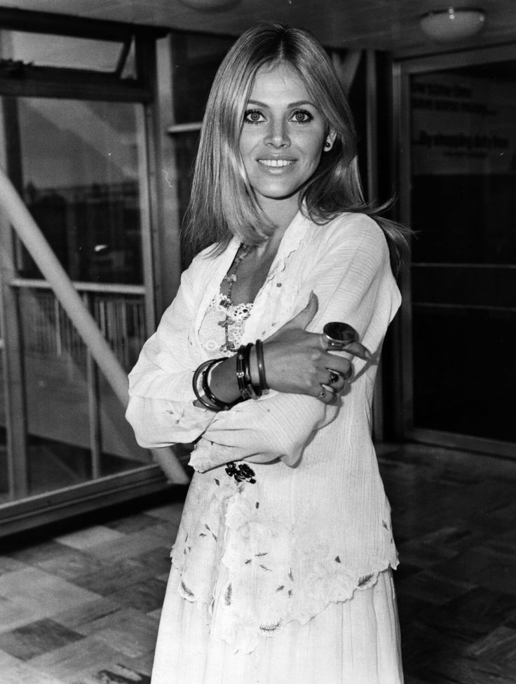 I love Britt Ekland's effortless seventies style. The ...