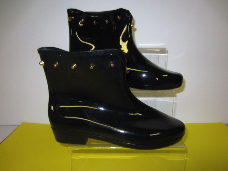 Ladies Short Ankle Wellie Boot With Stud Detail Style X1212 Sizes 4-8