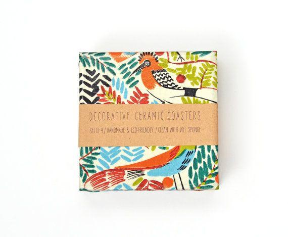 Aves tropicales posavasos cerámica ilustración exóticas coloridos posavasos