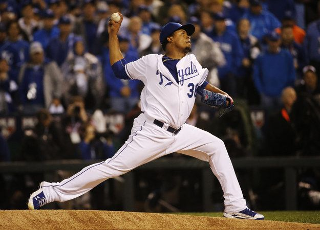 Royals Pitcher Learns His Father Has Died Moments Before World Series Debut