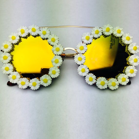 Savannah Daisy Round Flower Sunglasses Coachella by Obsessed Shades