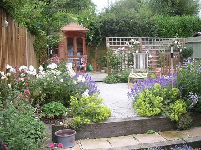 Americas Gardening Resource In 2020 Patio Garden Design Small Backyard Gardens Backyard Garden Diy