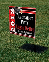 yard signGrad Parties, Graduation Ideas, House Signs, Parties Ideas, Daniel Graduation, Yards Signs, Parties Signs, Graduation Parties, Graduation Signs