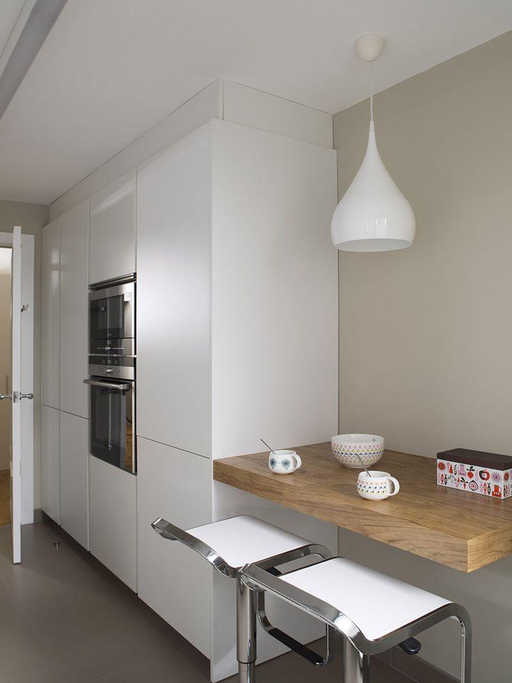 JORDI MURCIA,Taller en colaboración con el Estudi Meritxell Ribé, cocina SANTOS modelo LINE.
