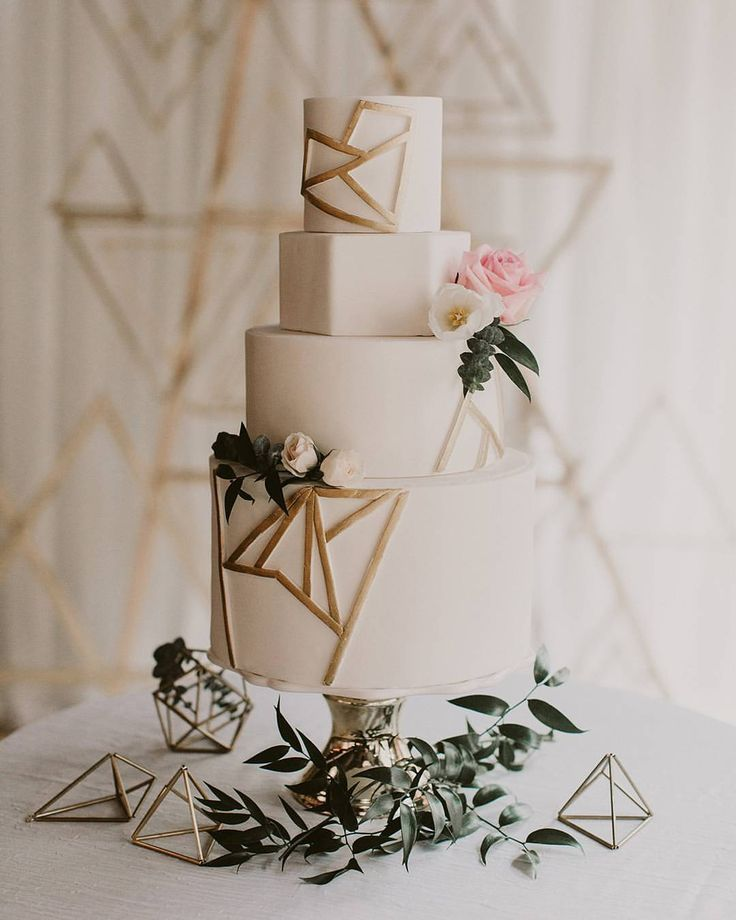 "4,909 Likes, 46 Comments - Wedding Chicks™️ (@weddingchicks) on Instagram: ""Geometric lines and an off white cake Wish we could stare at this cake all day and then eat it.. …"""