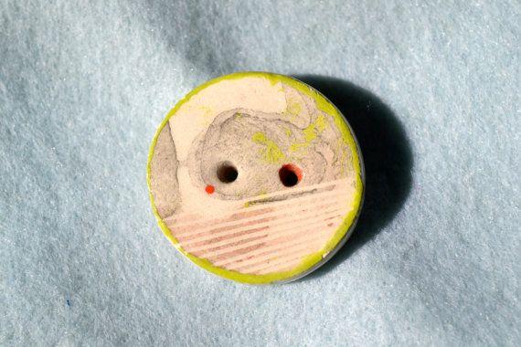 Bottone E in ceramica di Quasimodo3 su Etsy, €7.00