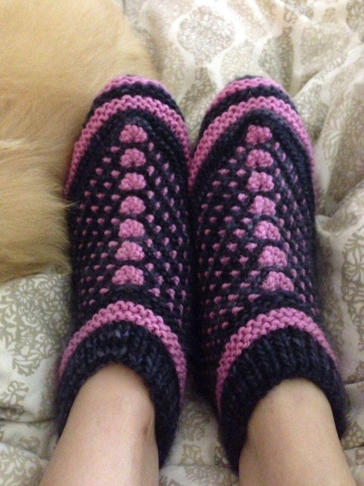Knitting Pattern Slip On Slippers : 134 best slip stitch crochet (crochet de Bosnie, pjoning) images on Pinterest