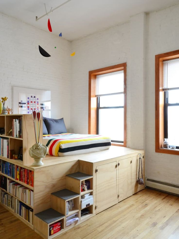 http://www.apartmenttherapy.com/elevated-loft-bed-hacks-ugrades-233777?utm_source=twitter