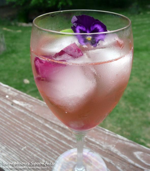 Sehr Beeren-Basilikum-Wein-Schorle   – Cocktail Hour