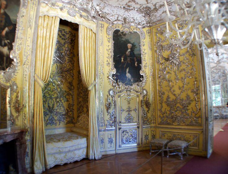 amalienburg castle bedroom