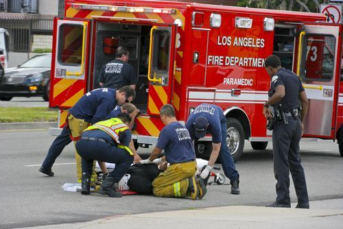 Los Angeles Feuerwehr zur Verbesserung der Interoperabilität. – BILDUNG