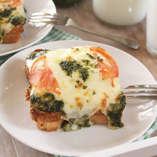 What is a better way to start your day than a loaded, Meatless Croque Monsier with Peso? I guess none!