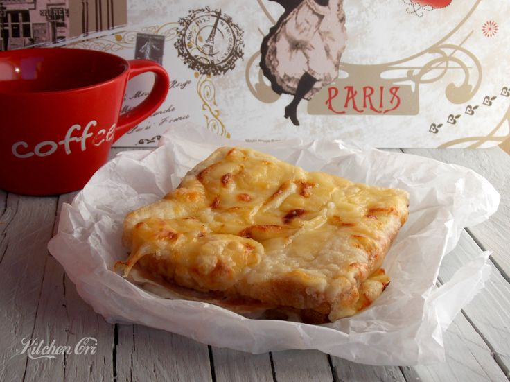 croque monsieur, ricetta semplice per un favoloso toast farcito al forno, perfetto per un pranzo fugace o per una colazione continentale ed energetica