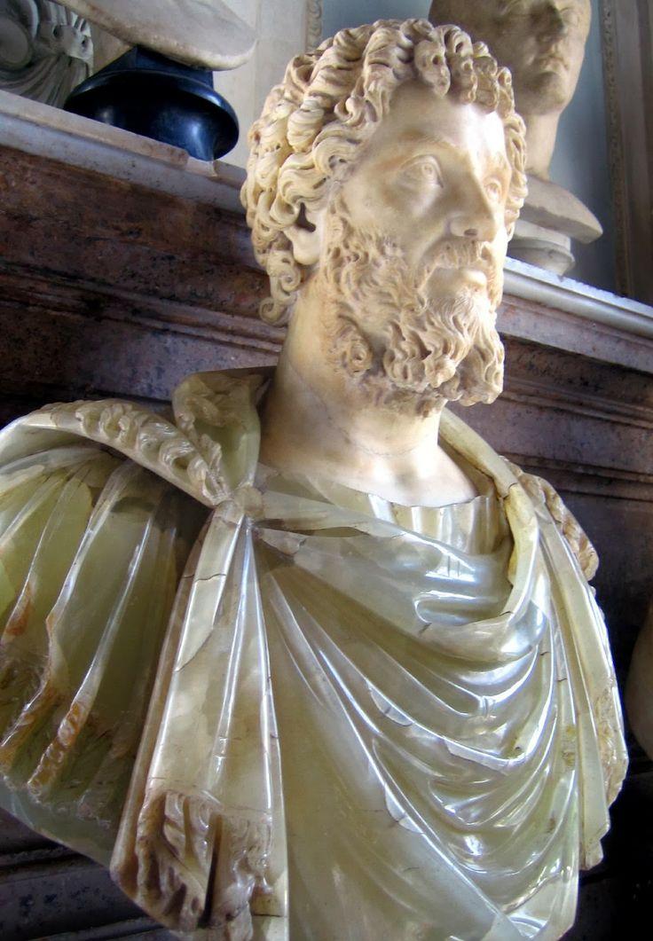 Busto in alabastro di  Settimio Severo, Musei Capitolini, Roma. http://marchingegno88.blogspot.it/2014/02/letteratura-latina-tardo-antica04.html?utm_source=BP_recent&utm-medium=gadget&utm_campaign=bp_recent