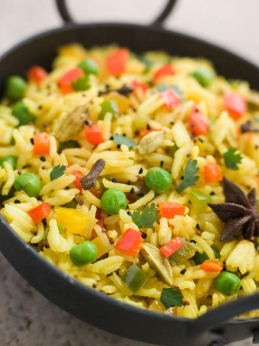 Orez basmati cu broccoli şi migdale - Retete culinare - Romanesti si din Bucataria internationala