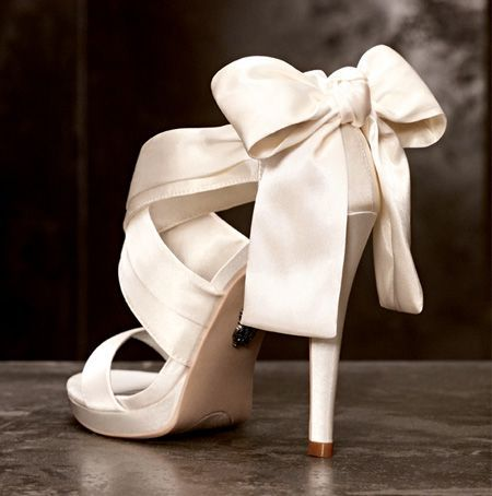 Vera Wang Wedding Shoes| Photo: Courtesy of David's Bridal | #weddingshoes #wedding #heels