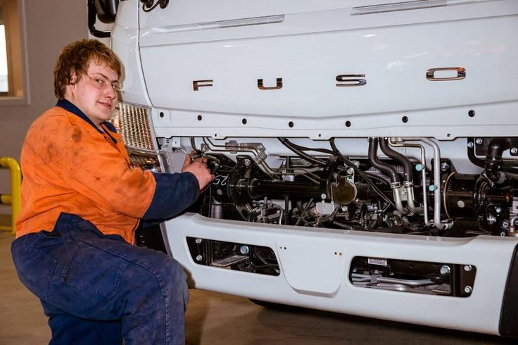 Being deaf and unable to speak isn't proving a hurdle to 19-year-old apprentice truck mechanic, Chris Linahan. Completing his apprenticeship at Fuso Geelong, Chris communicates using a sign language called Auslan and says he is [...]