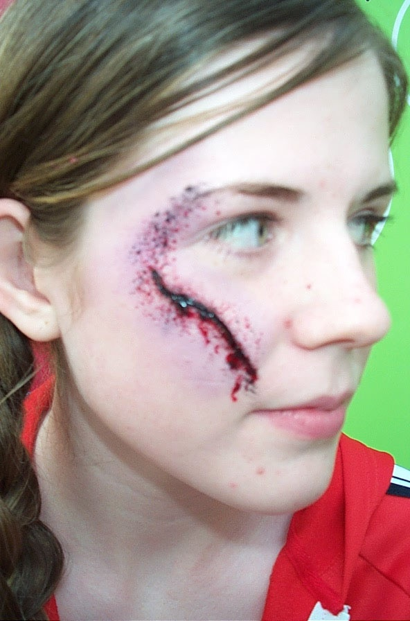 Halloween fake wound halloween makeup pinterest - Zombie scars with glue ...