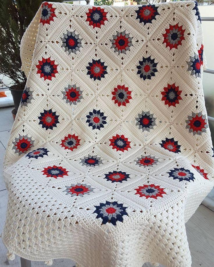 Merhabalar   Bir #siparis daha bitirdiğim için #mutluyum  Grannysquare Bebek Battaniyesi   Songül Hanım güzel günlerde kullanın inşallah @snglkco  Sipariş ve fiyat bilgisi için WhatsApp veya DM den iletişime geçebilirsiniz.  Yarn Kartopu 4 mevsim  #love #crochet #crocheting #crochetblanket #grannysquare #grannyblanket #babyblanket #babyboy #babygirl #homedecor #baby #babyroom #instagram #instagood #photooftheday #instagramdasatis #instagramsatis #bebekurunleri #yenidogan #kizbebek…