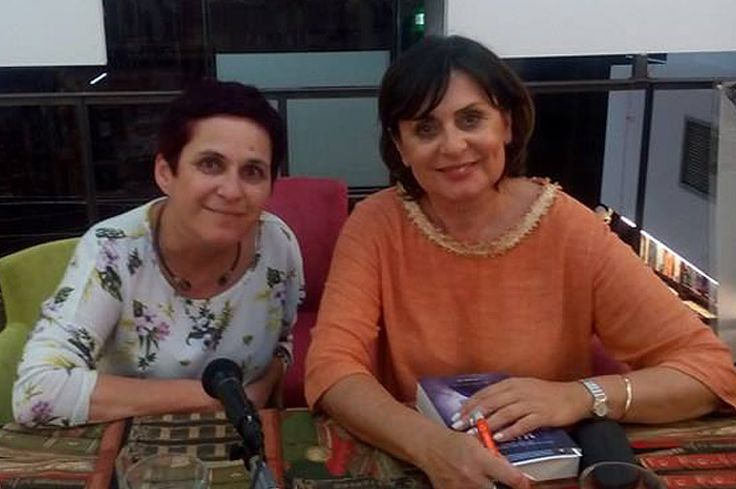 Η Μαίρη Κόντζογλου μιλά για τις «Μαγεμένες» στη Μάγδα Παπαδημητρίου-Σαμοθράκη και το Bookia.
