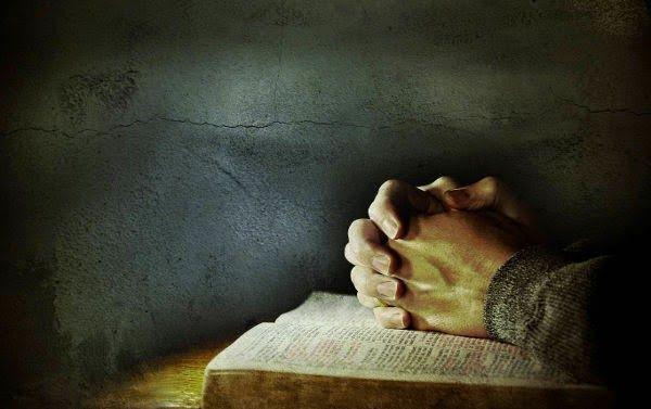 Αντιγραφάκιας: Η μεγαλύτερη φιλανθρωπία είναι η προσευχή και ας μ...