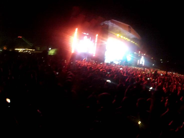 My Name Is & The Real Slim Shady - Eminem (Lollapalooza Chile 2016)