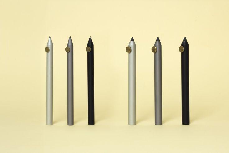 Neri, famiglia di penne e portamine design Giulio Iacchetti realizzazione Parafernalia