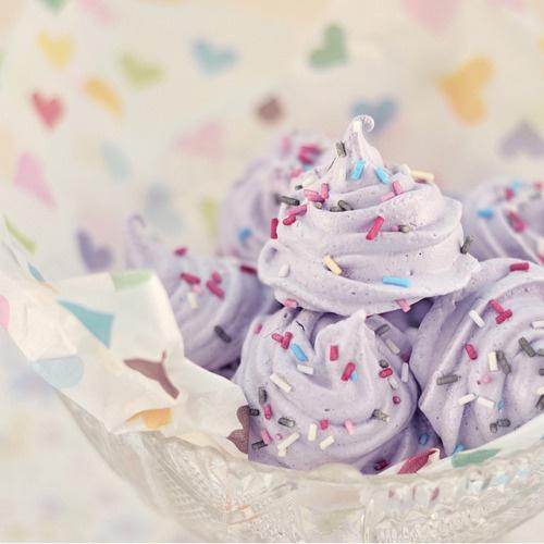http://www.flickr.com/photos/mariakallin/4343984260/: Food Desserts, Food Recipes, Health Food, Meringue Cookies, Baking Cookies, Drinks Recipes, Birthday Cupcakes, Parties Ideas, Purple Parties