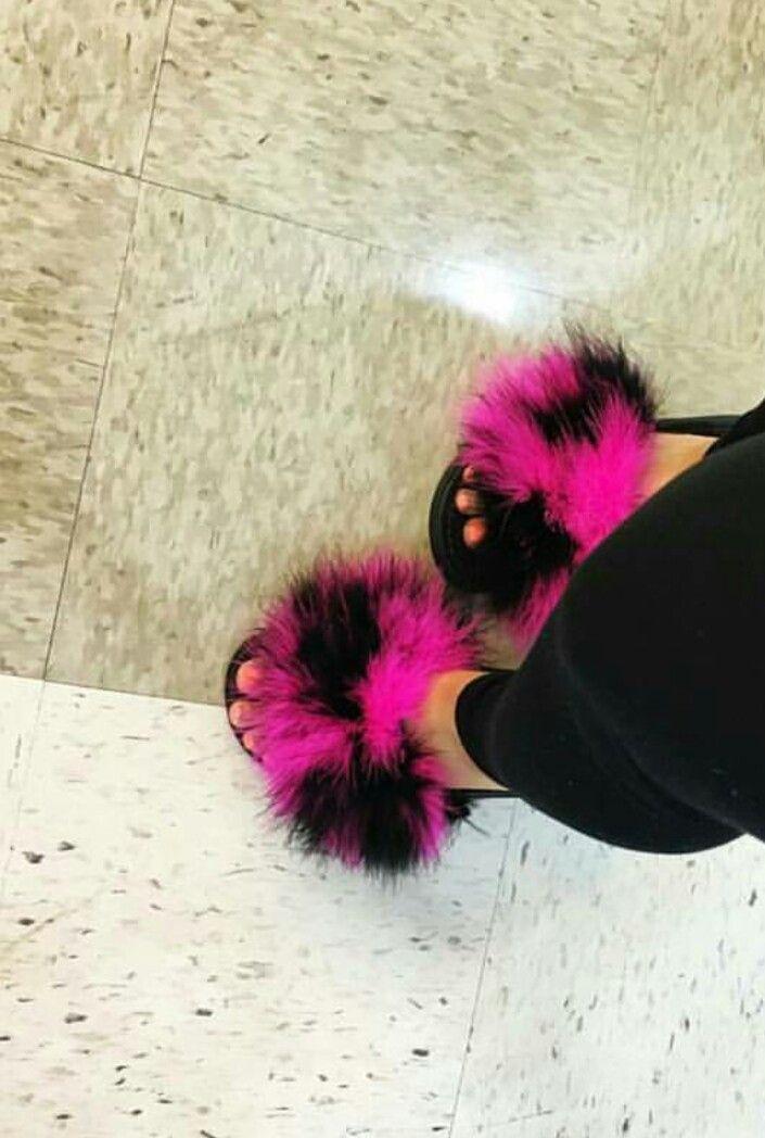 Fur Nike Slides Diy Shoes Pinterest Nike Slides And Fur