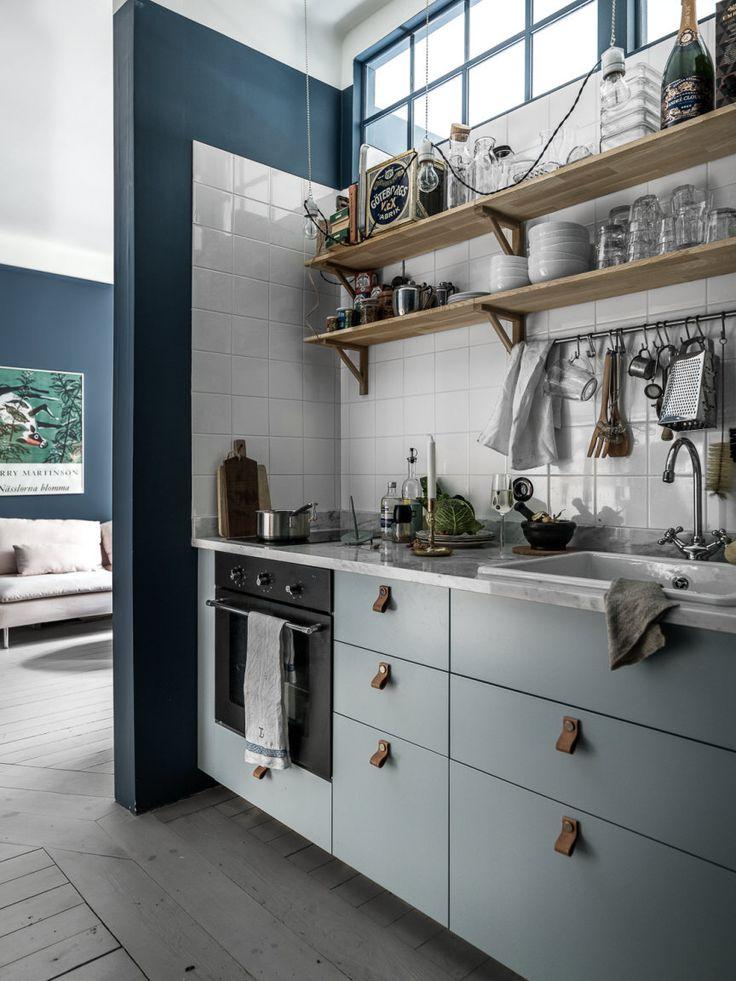 Gorgeous blue walls in kitchen