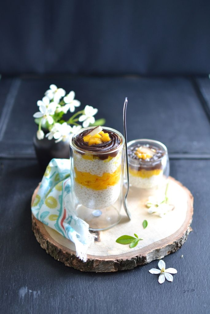 Verrines de perles du Japon, mangue caramélisée, nappage chocolat