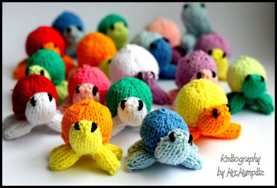 Toy Turtles  miniturtles Knitting pattern by KnitographyByMumpitz, kr30.00