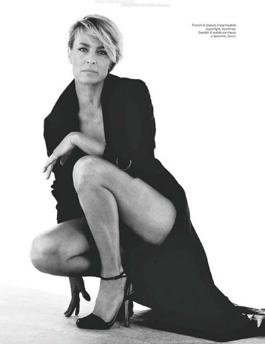 Robin Wright - love her styling in House of Cards. So classic. She will be my Work Wardrobe Muse for 2013/14!! Yup!!