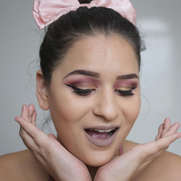 Tem vezes que a gente quer ser gótica mas tem vezes que a gente é a própria bailarina rosa de lacinho! Mas não deixe os acessórios te enganarem essa make é pra lá de usável viu? É só mudar um pouquinho o tom do côncavo marrom pra...ROSA! O batom é o #batomluanda do #pausaparafeminices  Mais tarde tem tutorial em vídeo  #maquiagem #maquiagemx #universodamaquiagem_oficial #pausaparafeminices #beleza #makeup #makeupartist #makeupaddict #makeupmurah #makeupforever #makeupartistsworldwide…
