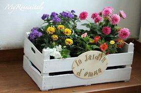 Idee fai da t e per il giardino. Decorare con le cassette della frutta e verdura e renderle fioriere da regalare