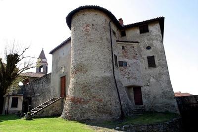 """Il Castello di Prasco, uno dei """"palcoscenici"""" de """"L'Altro Monferrato 2012 a cura di Agriteatro www.agriteatro.it su Fb Agriteatro"""