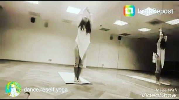 173 отметок «Нравится», 19 комментариев — Одежда для йоги.ОльгаМорозова (@_studiom_) в Instagram: «ВИДЕО ОТ НАШИХ  ЗАКАЗЧИКОВ отличное видео от прекрасной Дарьи  @dance.reself.yoga наша хлопковая…»