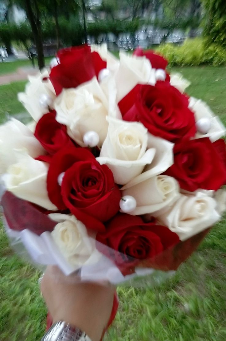 Love Forever Red & White Roses Bouquet by linda_blissparty